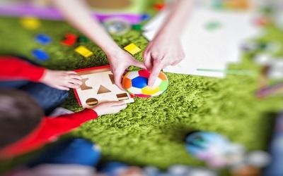 Что тренируют игрушки сортеры?