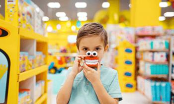 Как подобрать развивающие игрушки для малыша