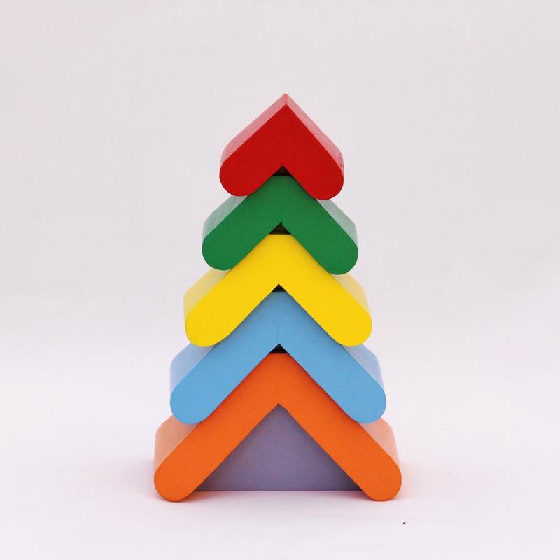 Пирамидка Цветная елочка Komarovtoys 6 деталей