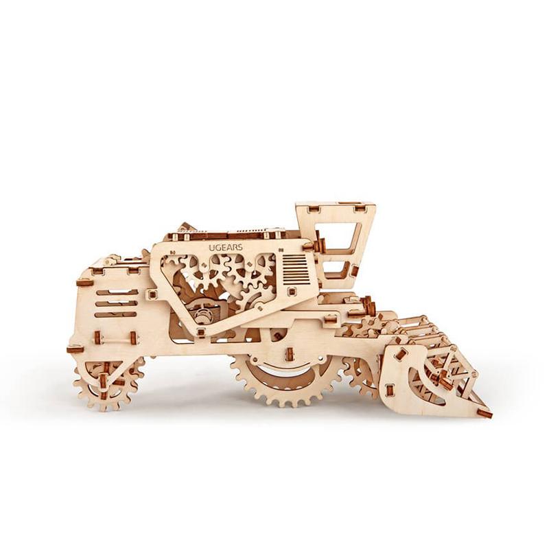 Механические 3D пазлы UGEARS Комбайн 70010 (154 детали)