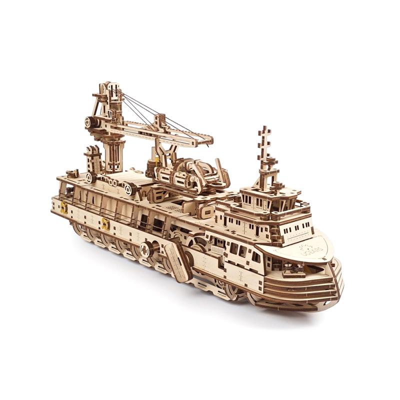 Механические 3D пазлы UGEARS Научно-исследовательское судно 70135 (575 деталей)