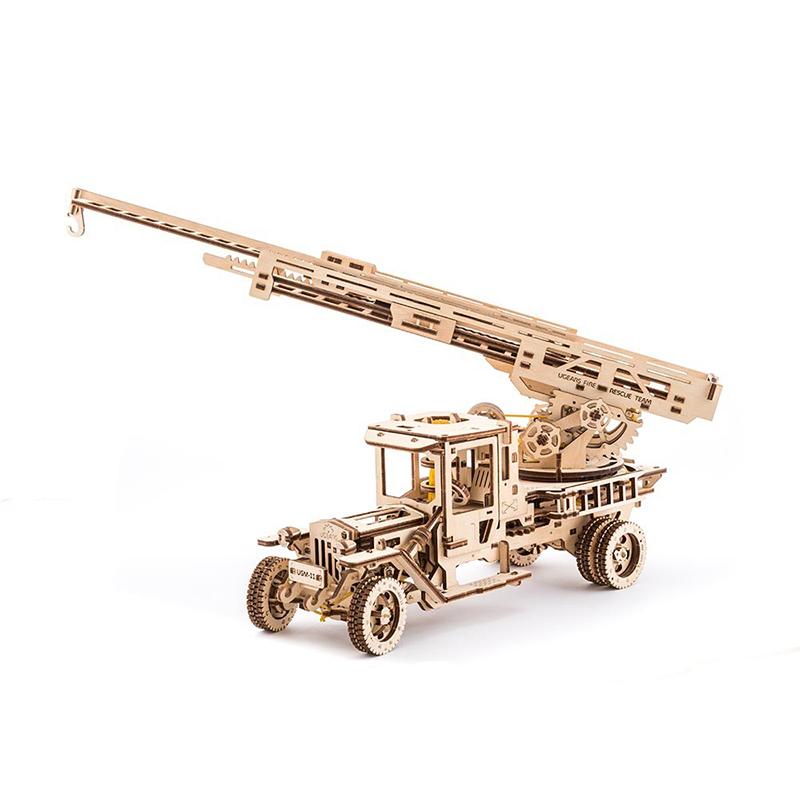 Механические 3D пазлы UGEARS Пожарная машина 70022 (537 деталей)