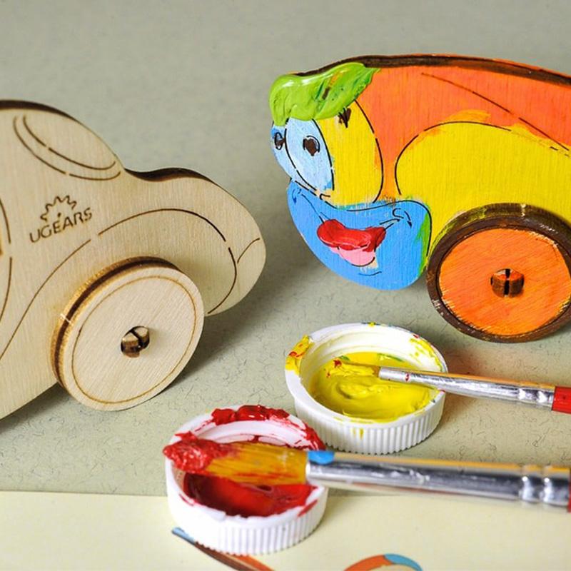 Модели раскраски UGEARS Автомобиль 10003 (8 деталей)