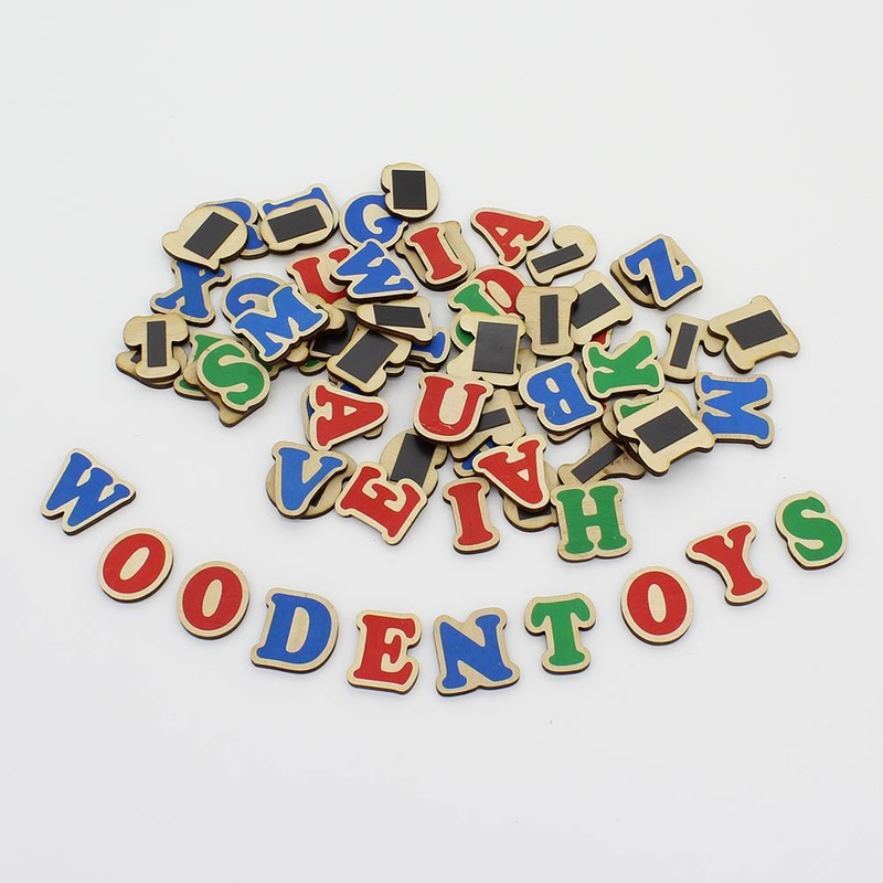 Набор английский алфавит на магнитах (72 буквы) Komarovtoys