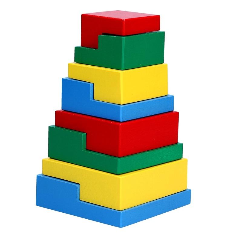 Деревянная пирамидка-головоломка 8 эл. Komarovtoys